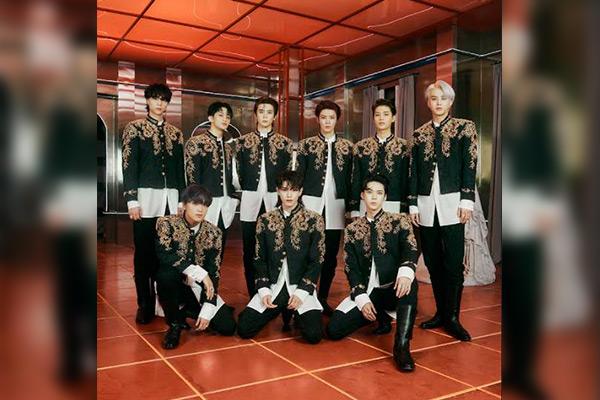 NCT 127正规三辑再版专辑预售超百万张