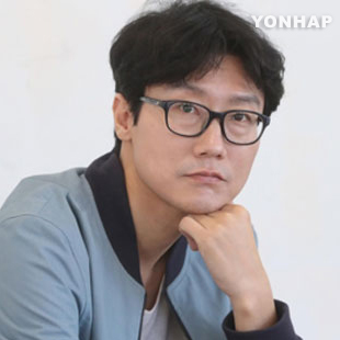 Hwang Dong-hyuk: famille, gros sous et Chine