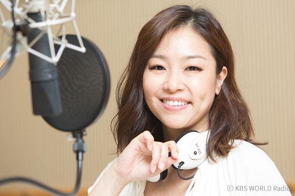 المطربة بارك جونغ هيون تصدر ألبومها المصغر الجديد