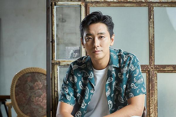 Joo Ji Hoon kembali ke layar kaca dengan drama terbaru