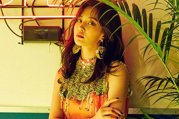 Girls Generation's Yuri to release solo debut