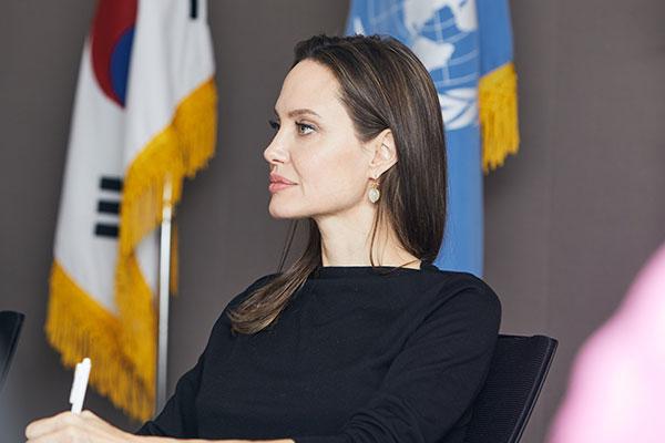 Đại học Yonsei bác tin con trai Angelina Jolie đăng ký nhập học