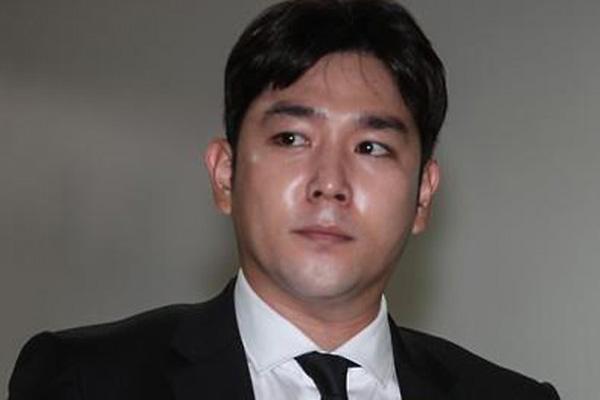 """강인, 데뷔 14년 만에 슈퍼주니어 탈퇴…""""멤버들에 미안"""""""