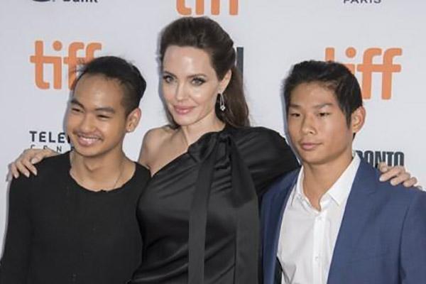 Maddox, hijo de Angelina Jolie estudiará en Corea