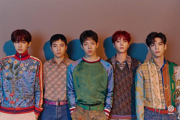 """Truyền thông Mỹ hết lời ca ngợi, gọi DAY6 là """"Ban nhạc đại diện của K-pop"""""""