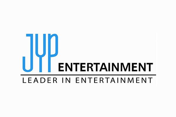 JYP phải nói lời tạm biệt với 3 nữ nghệ sĩ chỉ trong một tháng