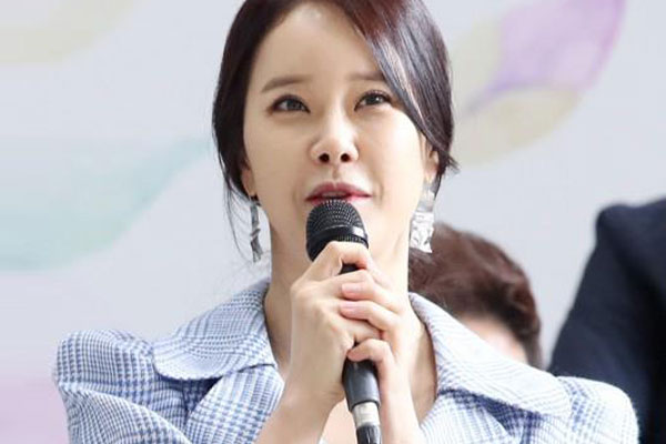 Baek Ji-young sortira son « best album » pour célébrer ses 20 ans de carrière