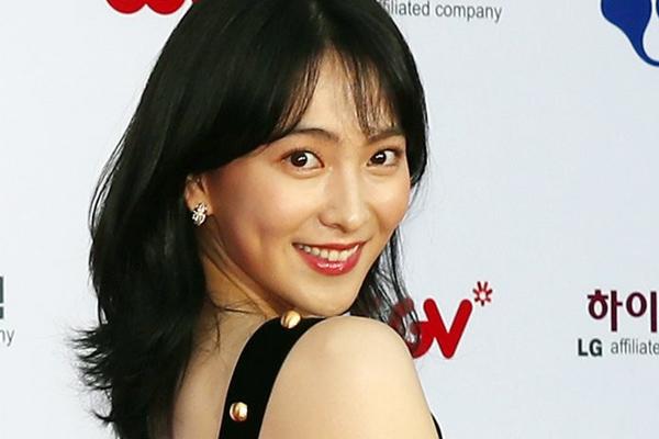 Kang Ji-young bắt tay cùng Key East cho hoạt động quảng bá ở Hàn Quốc