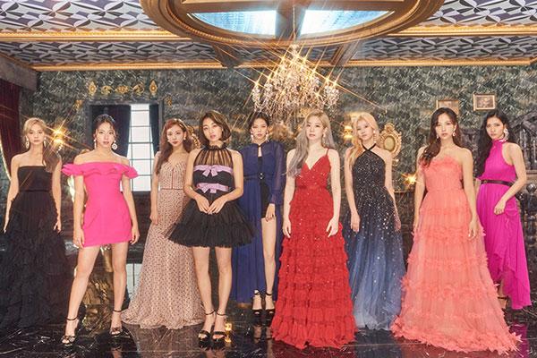 TWICE wird nächstes Jahr Welttournee in Seoul beenden