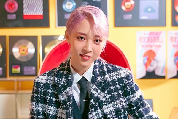 Album mới của Moon-byul (Mamamoo) tẩu tán gần 60 nghìn bản sau 24 giờ phát hành
