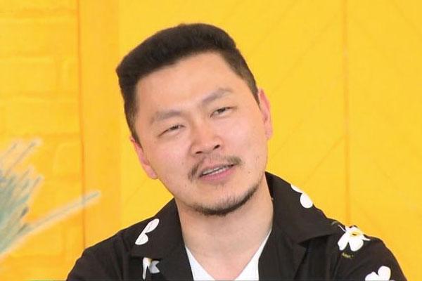 Le rappeur Yang Dong-geun publie un recueil de poèmes