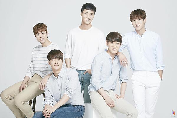 Toàn bộ thành viên 5urprise rời Fantagio, Gong Myung về công ty quản lý mới