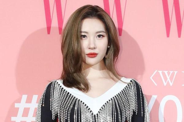 Sun-mi xác nhận chuẩn bị trở lại mùa hè 2020