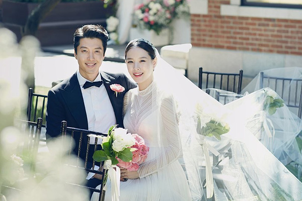 Lee Dong Gun & Jo Yoon Hee Umumkan Perceraian Setelah 3 Tahun Menikah