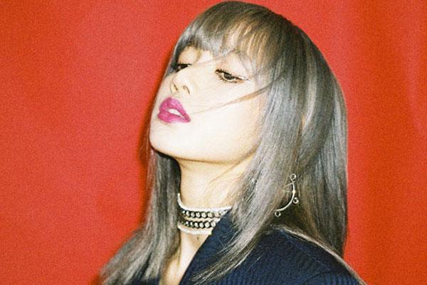 """YG """"블랙핑크 리사, 전 매니저에 억대 사기 피해"""""""