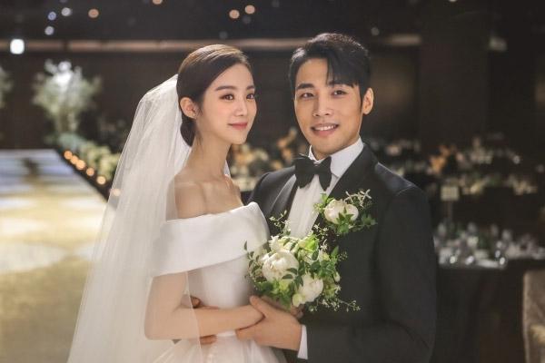 Hye-rim, Shin Min-chul tổ chức đám cưới riêng tư