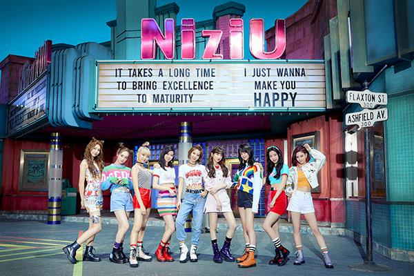 Các nhóm nhạc thần tượng mới của JYP Entertainment gây sóng gió tại Nhật Bản và Trung Quốc