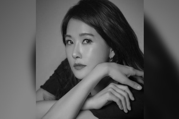 김선아, 지진희 있는 이끌엔터테인먼트에 새 둥지