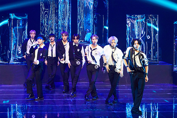 "ATEEZ regresa con ""Inception"""