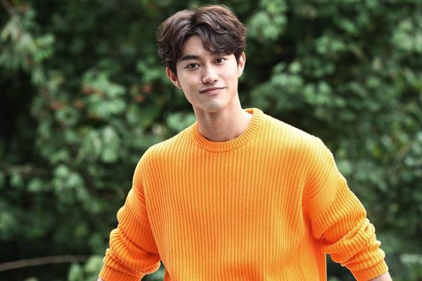 Keluar FNC Entertainment, Kwak Dong Yeon Bergabung dalam H& Entertainment