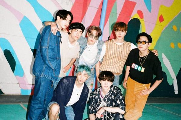 Zweiter Song von BTS stürmt Spitze der Billboard-Charts