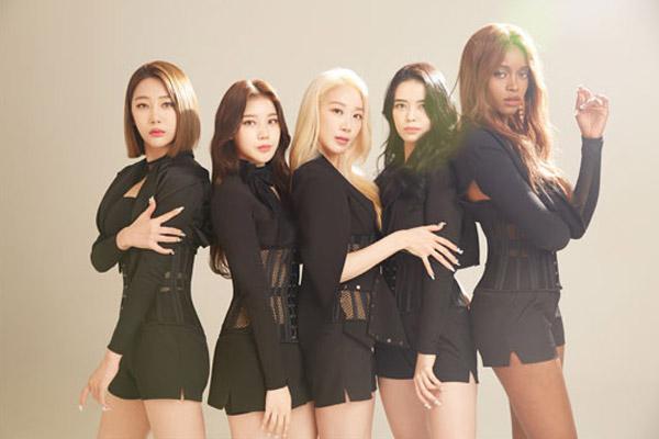다국적 걸그룹 블랙스완 데뷔…벨기에·브라질 멤버 포함