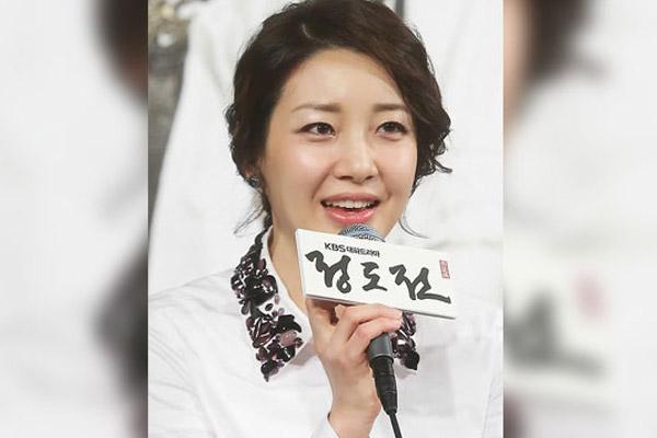 배우 이아현, 재미교포 사업가와 이혼