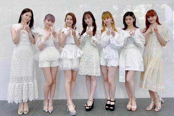 Đĩa đơn đầu tay của nhóm nhạc nữ NiziU đứng đầu bảng xếp hạng Oricon tại Nhật Bản