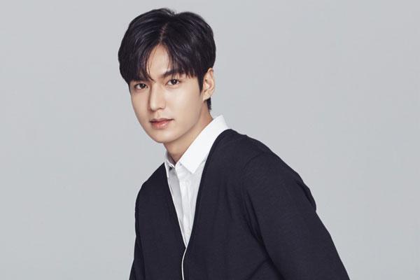 """Lee Min Ho colabora en la promoción del """"hangeul"""""""