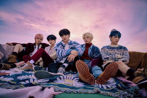 Album Jepang Pertama TXT Duduki Peringkat Satu Oricon Chart