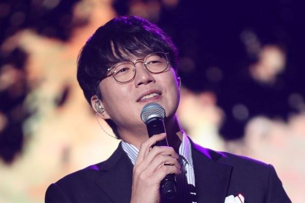 Sung Si-kyung lần đầu khởi kiện những người tung tin đồn ác ý