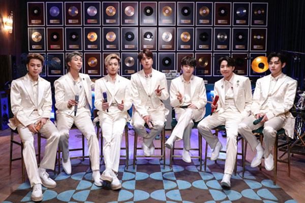 """""""전설들이 공연한 무대 영광""""…BTS, 'MTV 언플러그드' 출연"""