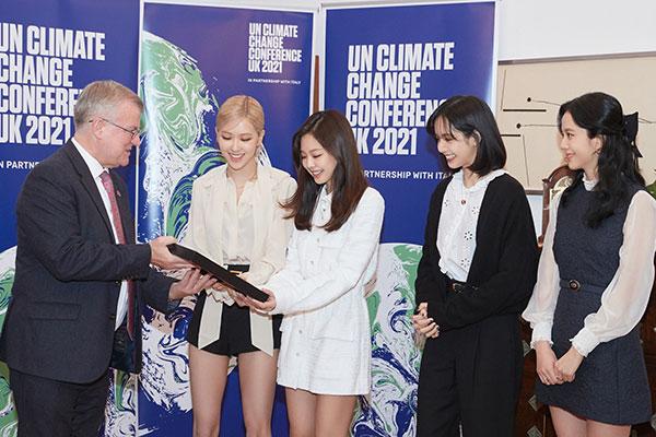 تعيين بلاك بينك سفيرة ترويجية لزيادة الوعي بتغير المناخ