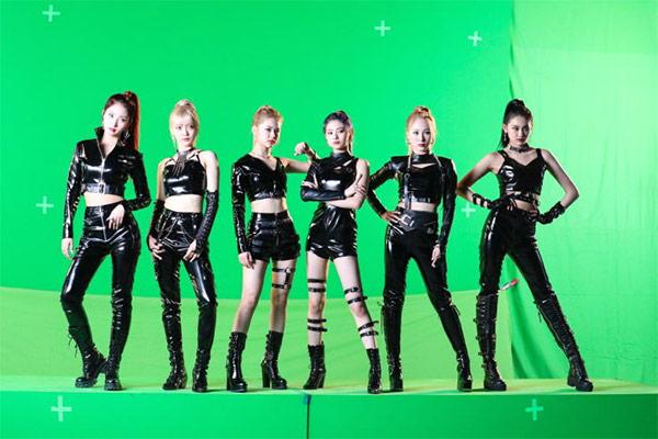 """MV """"DUN DUN"""" của Everglow cán mốc 200 triệu lượt xem"""