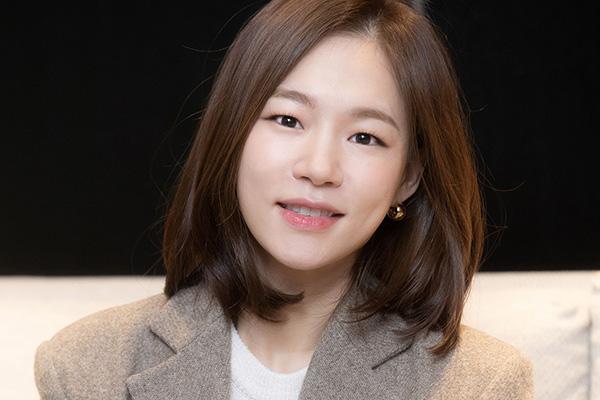 """Aktris """"Minari,"""" Han Ye-ri Teken Kontrak dengan Managemen Artis Hollywood"""