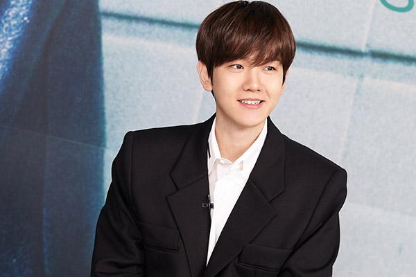 Baek-hyun partira le mois prochain servir sous les drapeaux