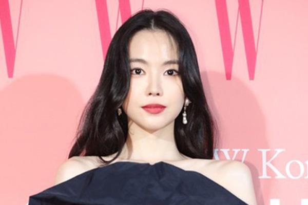 """손나은, YG 품으로…""""새로운 도약 위해 전폭 지원"""""""
