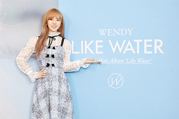 « Like Water », premier mini-album solo de Wendy