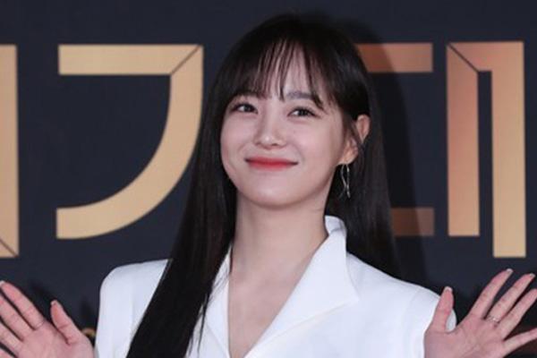 """김세정, 젤리피쉬와 재계약…""""든든한 버팀목 될 것"""""""