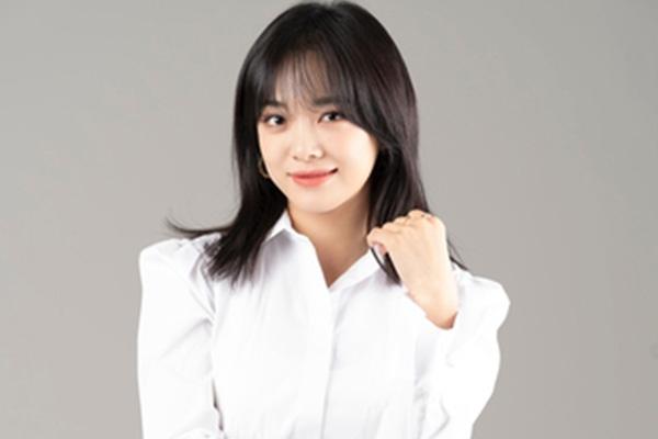 Kim Se Jeong renueva con Jelly Fish Entertainment