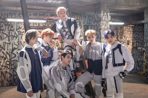 P1Harmony sind als erste K-Pop-Gruppe bei Rolling Stone Live aufgetreten