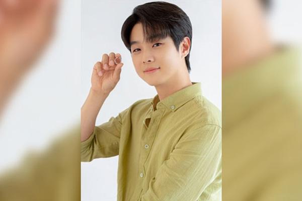 최우식, 다음달 5일 데뷔 10주년 비대면 팬미팅