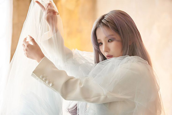 Jeon So-yeon của (G)I-DLE comeback với album solo trong tháng 7