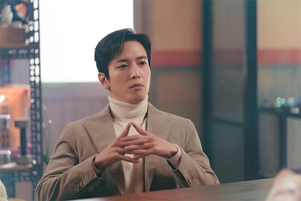 Album solo tiếng Trung đầu tiên của Jung Yong-hwa phát hành ngày 22/6