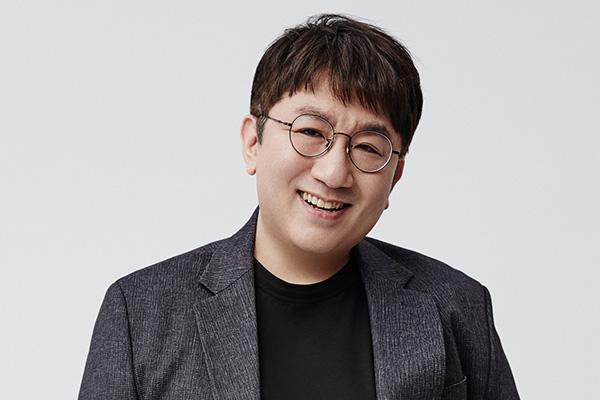 Bang Si Hyuk renuncia como CEO
