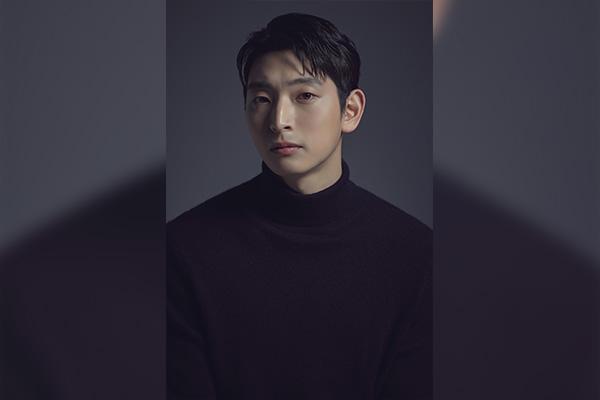 Jeong Jin-woon returns to big screen