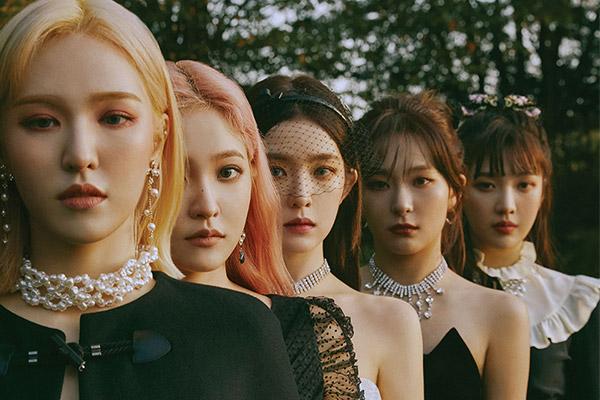 Red Velvet 8月1日デビュー7周年スペシャル生配信