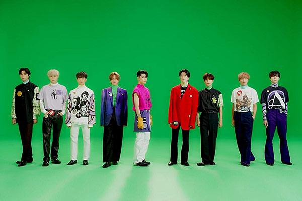 NCT 127 새 앨범, 선주문량 212만 장…자체 최다 기록