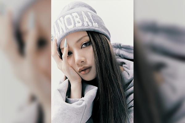 Lisa BLACKPINK Pecahkan Rekor Penjualan Album Terbanyak Di Minggu Pertama Artis Wanita K-POP