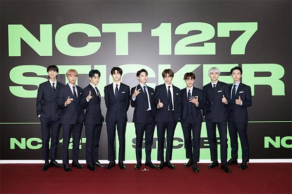 ألبوم فرقة إن سي تي 127 الجديد يحتل المركز الثالث في قائمة بيلبورد